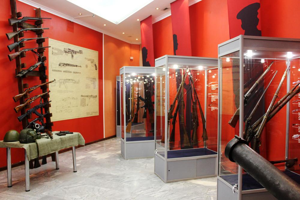 Выставка «Оружейная палата Кузбасса»